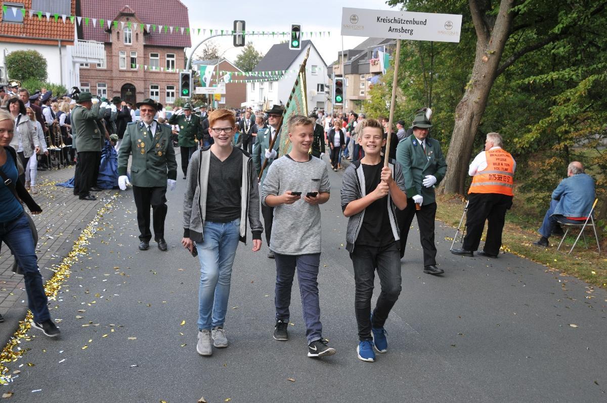 Bundesschuetzenfest_Bad-Westernkotten-B0929_TKU-18092016